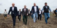 Gangster verkaufen Agrar Land. Edmond Panariti, Ilir Meta. der Klement Balili Clan