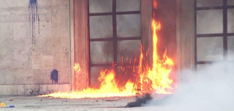 zjarri-kryeministri-933x445