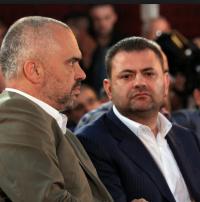 Das Albanische Verbrecher Kartell: Edi Rama mit Tom Doshi, einschlägig auch durch wikileaks bekannt und seinem Nachwuchs Gsngster und Sohn
