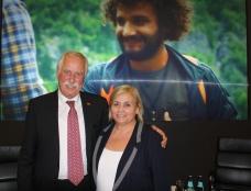 Profi Krimineller Langzeit Betrieb: DAW Müller und hier mit der Mord, Verbrecher Familie: Mila Economi